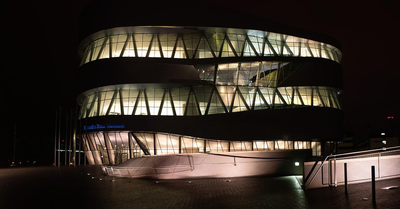 Stuttgart, Mercedes Museum